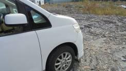 Стойка кузова Nissan Serena, правая