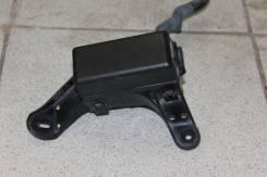 Корпус блока реле Lexus IS250 GSE20 2006-2011г