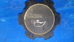 Крышка маслозаливной горловины. Toyota 12180-55010