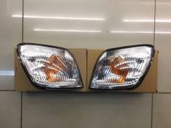 Габарит Toyota Ipsum 96-98 RH/LH