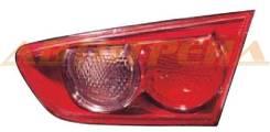 Вставка в крышку багажника Mitsubishi Lancer X 07- 3141302RRAS