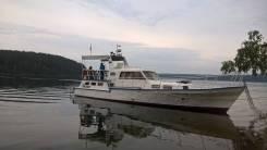 Продам моторную яхту Адмиралтеец