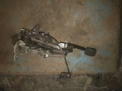 Стояночный тормоз nissan Laurel GC35