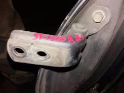 Крепление боковой двери Toyota Carina ST190, правое переднее