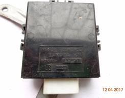 Б/У блок управления зеркалами Toyota Camry Vista #V30 8798932020