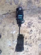 Педаль газа Toyota Kluger MCU25
