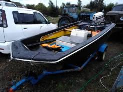 Продам пластиковую лодку Yamaha