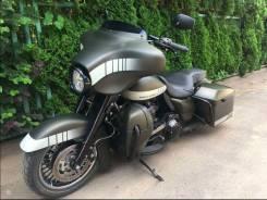 Harley-Davidson FLHT Bagger Custom, 2012
