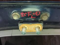 Крепление двери багажника Toyota Opa ZCT10
