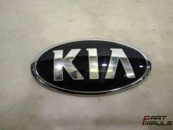 Эмблема двери багажника Kia Rio UB (08.2011 - 02.2017). Kia: Rio, Morning, Cerato, Pride, Sportage, Niro, K3, Forte G4FA, G4FC, G4FD