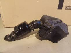 Корпус воздушного фильтра toyota vista camry cv 30