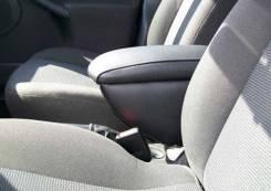 Подлокотник Nissan AD 1996-2003г