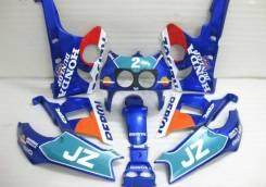 Пластик новый комплект на Honda CBR 400, CBR 400RR 2 поколение