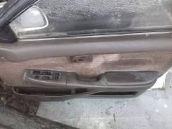 Обшивка двери. Toyota Corona, AT170