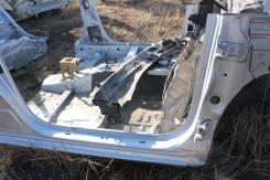 Петля шарнир передней правой двери Toyota Fielder NZE141 NZE144 ZRE142