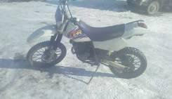 Yamaha TT-R, 1995