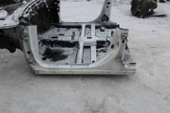 Петля шарнир задней левой двери Toyota Caldina ST215