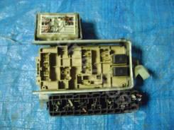 Блок предохранителей салонный Subaru Legacy B4 1999