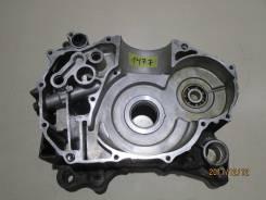 1477) Половина картера правая Honda Forza MF10 2008г.