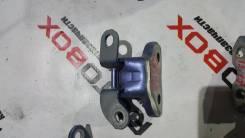 Крепление двери задний правый верхний Toyota Premio AZT240
