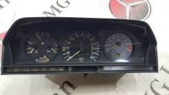 Панель приборов. Mercedes-Benz C-Class, W201