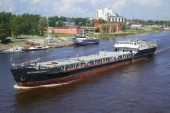 Продам сухогрузный теплоход Беломорский в Омске