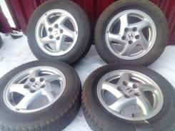 "Оригиналы -= Honda =- на зиме Bridgestone 205/60R15. 6.0x15"" 5x114.30 ET55"