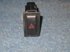Кнопка включения аварийной остановки. Mazda Demio, DW3W, DW5W B3E, B3ME, B5E, B5ME