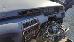 Центральная планка панели Toyota Lite Ace Noah SR50