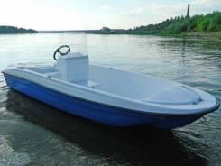 Пластиковая лодка/катер Wyatboat Пингвин с консолью