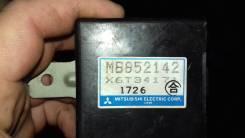 Блок управления зеркалами MB852142