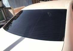 Стекло заднее Volkswagen Jetta 5 2005-2011