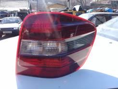 Продам стоп сигнал правый на Mersedes Benz ML164