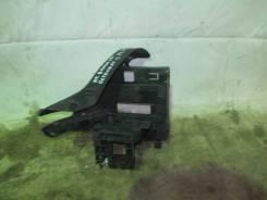 Кронштейн блока управления двигателем Audi A3 [8V] 2013>; Octavia (A7)