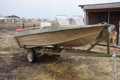 Продам моторную лодку Крым 1990