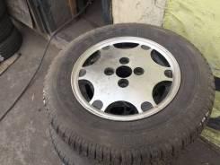 1 колесо на запаску.