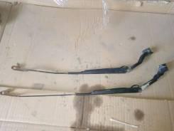 Поводок стеклоочистителя левый/правый