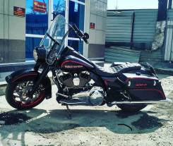 Harley-Davidson Road King Custom, 2011