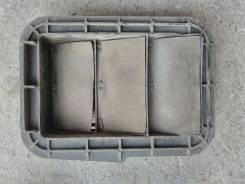 Решетка вентиляции багажника Toyota