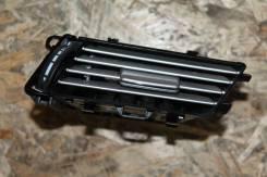 Дефлектор правый в панель Mercedes-Benz w212 E-class дорестайлинг