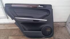Обшивка двери задняя левая на Mercedes-Benz GL-Class 164