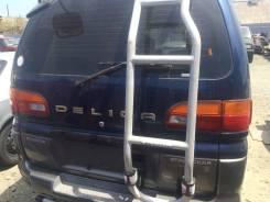 Дверь багажника. Mitsubishi Delica, PD8W 4M40