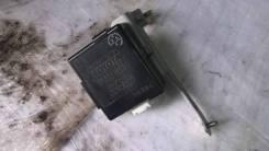 Блок управления замками Toyota LAND Cruiser Prado [8974160260]