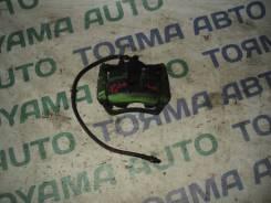 Тормозной суппорт передний правый toyota corona premio st215