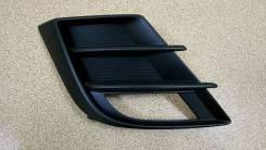 Ободок туманки Mazda 3 2008 оригинал