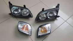 Фара передняя правая левая Toyota Ipsum 96-98 44-3