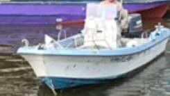 Продам лодку пластиковую