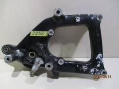 2238) Крепление глуш-ля и суппорта с м-змом р|тормоза Honda Forza