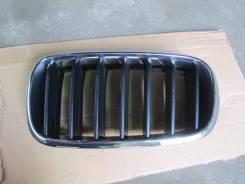 Решетка радиатора левая BMW X5 F15 2013> (Черная 7316075)