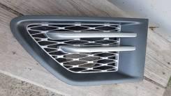 Range Rover Sport накладка крыла передняя левая